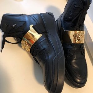 Versace high top men's black leather sneakers sz11